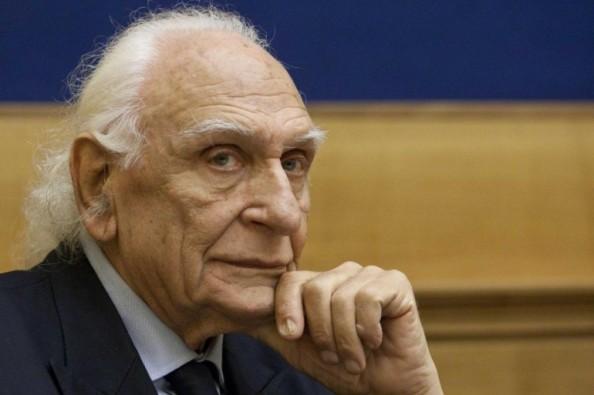 Marco-Pannella-le-sue-condizioni-di-salute-peggiorano-trasferito-in-una-struttura-segreta